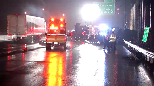 Jackknifed Tractor-Trailer Slows Beltway Traffic