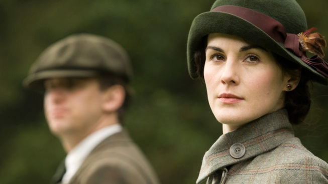 "A String of Suitors Awaits Grieving Lady Mary in Season 4 of ""Downton Abbey"""