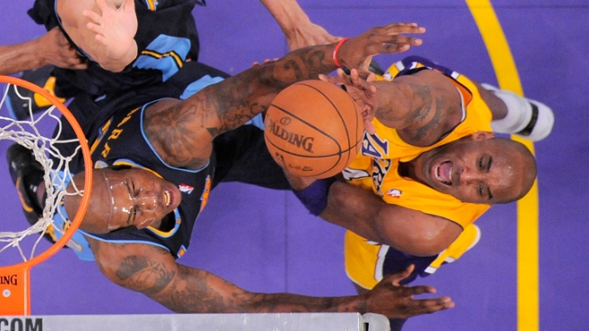 Nuggets Hold Off Lakers 102-99