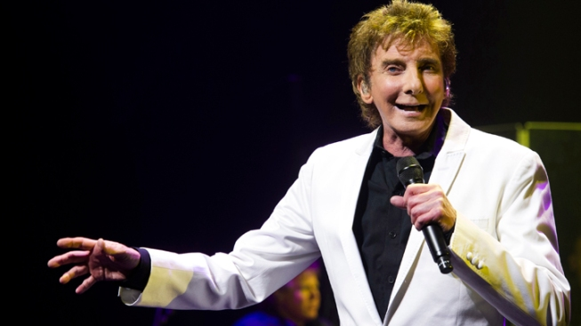 Barry Manilow Joins Star Lineup for July 4th in D.C.