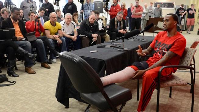Louisville Guard Ware Upbeat Despite Broken Leg