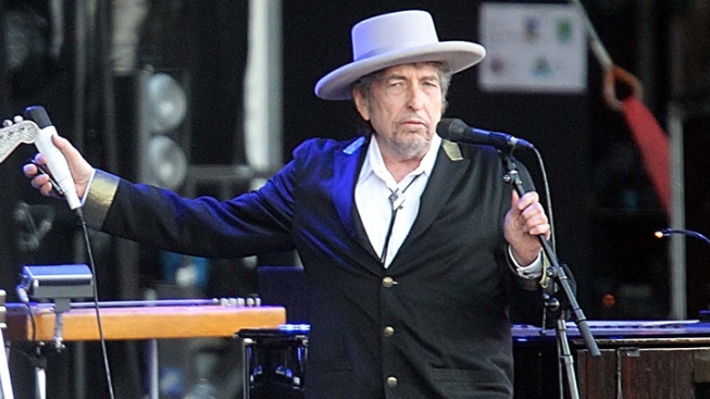 Author Acknowledges Fake Bob Dylan Quotes, Resigns
