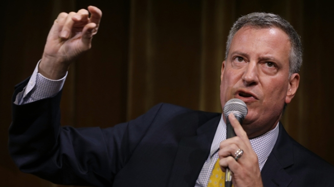 Poll: De Blasio Moves to Slight Lead in NYC Mayoral Race