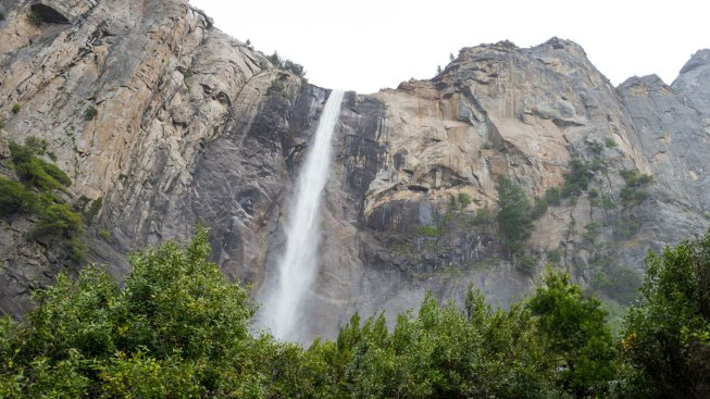 Israeli Teen Falls to his Death While Taking a Selfie in Yosemite: Report