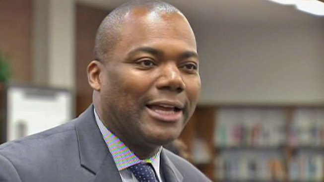 "Chicago Public Schools Chief Out by ""Mutual Agreement"""