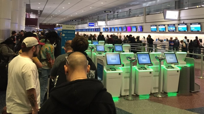 Long Lines at Airports Reported Amid Computer System 'Issues'
