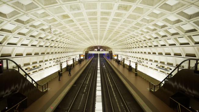 Man Badly Injured in Fall Into Dupont Circle Metro Station