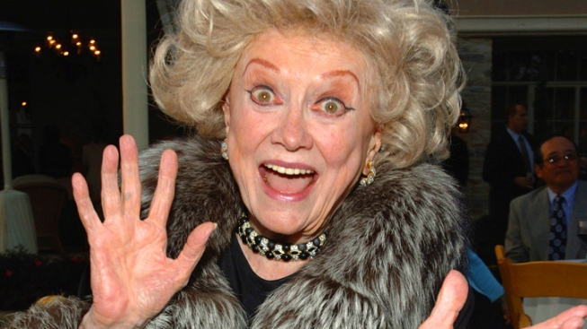 Phyllis Diller: Fangs for the Memories