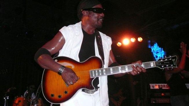 "Reggae Star ""Toots"" Hibbert Sues Virginia Groups Over Bottle Injury"