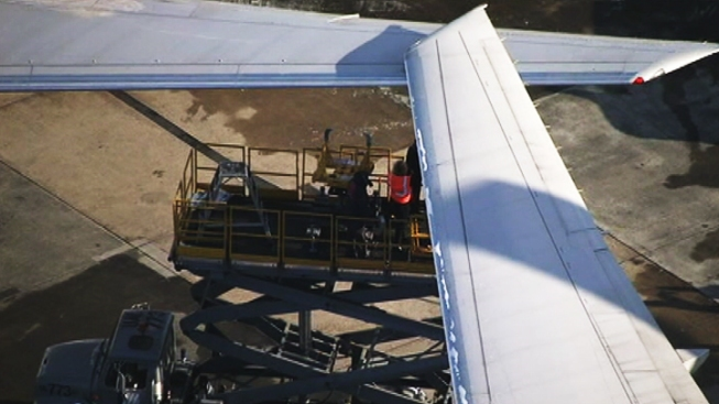 Planes Clip Wings at Dulles