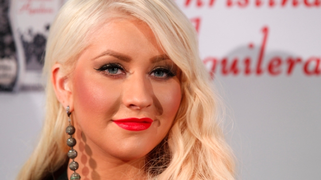 "Christina Aguilera Slams False ""Skinny, White Girl"" Quotes, Never Made Weight Comments"