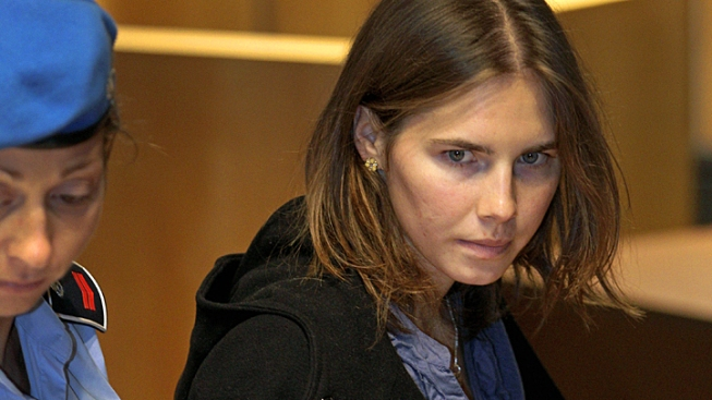 Amanda Knox Hires D.C. Lawyer to Help With Book Deal