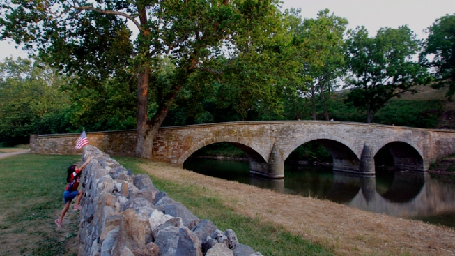 Candlelight Tour Honors Antietam Dead