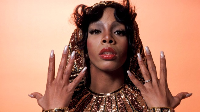 Stars Pay Tribute to Disco Queen Donna Summer