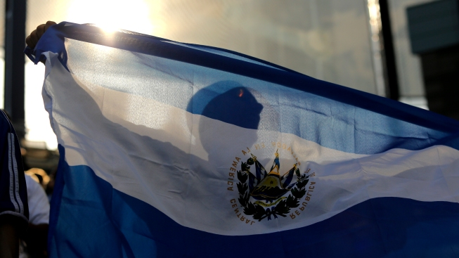 DHS announces end to special status for 200000 Salvadorans