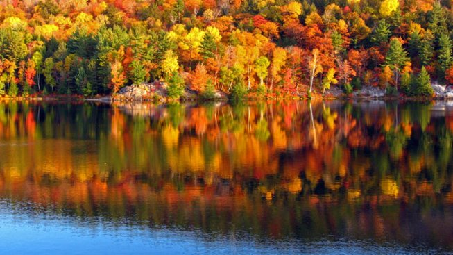 Va., Md. Resorts Listed in AAA's Top Places to Enjoy Fall Colors
