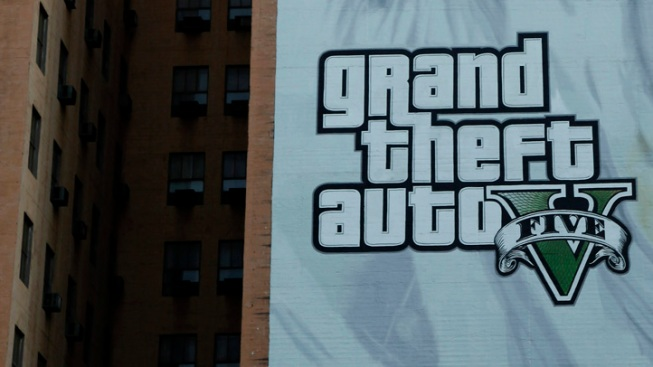 "3 NYC Men Pretended to Be Cops to Cut Line, Buy ""Grand Theft Auto"": NYPD"