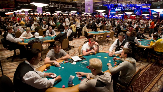 Vegas Casinos Fold on Poker Rooms