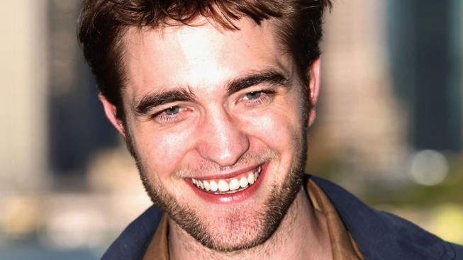 Hear Robert Pattinson Sing, Live