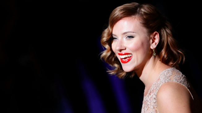 Hillary Clinton Biopic: Scarlett Johansson, Reese Witherspoon and Jessica Chastain Among Front-Runners