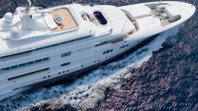 Redskins Owner Buys New Superyacht