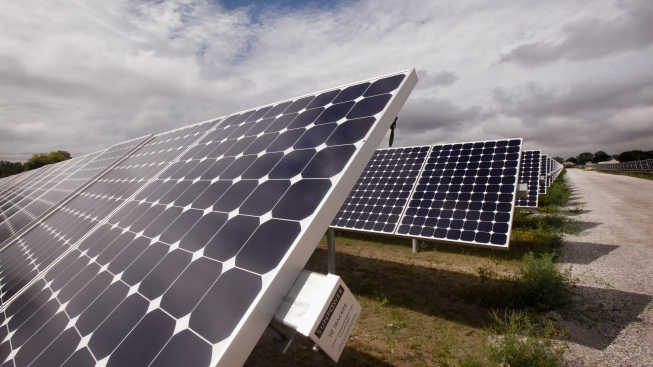 US Solar Panel Makers Win US Trade Ruling