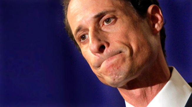 Weiner's Mobile Cruising D.C. With Expired Registration Sticker: Report