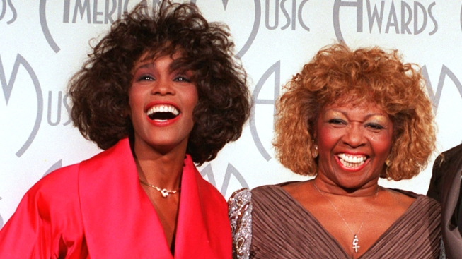 Cissy Houston to Pen Memoir of Daughter Whitney's Life