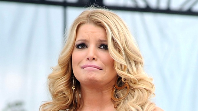 Jessica Simpson Calls Off Search For Missing Dog