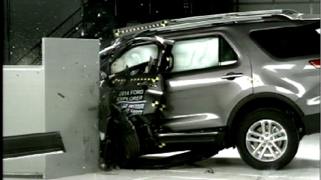 Many Midsized SUVs Fail to Perform in New Crash Testing