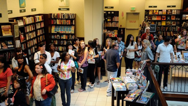 Georgetown Barnes & Noble to Close