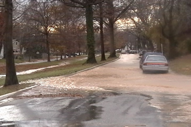 Water Main Leak Floods Silver Spring Street