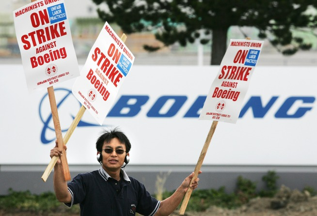 Machinists, Boeing, Engineer Pact, Gearing Up to Work Again