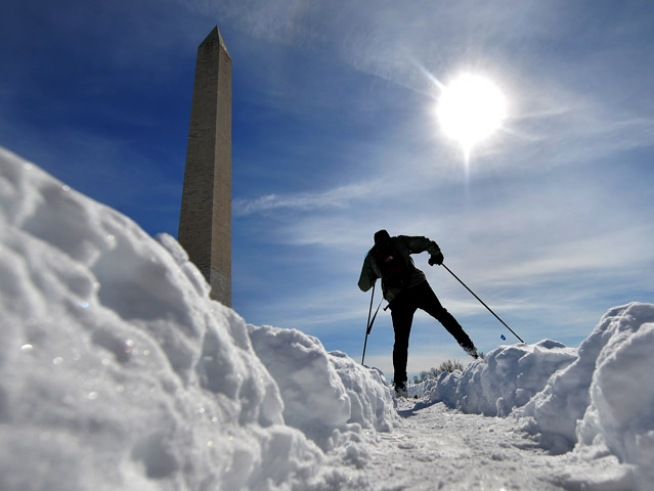 D.C. Apparently Full of Weather Wimps
