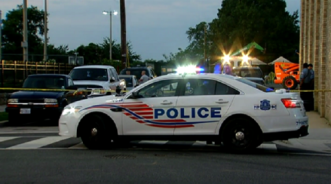 Man Accused of Taking 5 People Hostage in SUV, Opening Fire on DC Police