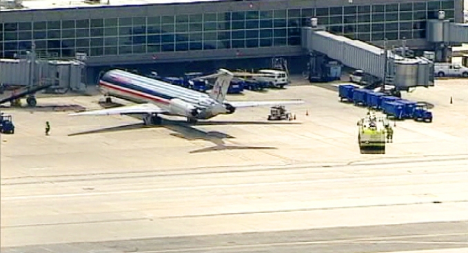 AA Flight 1491 Diverted to Dulles After Pressurization Problems Reported