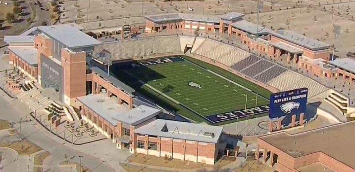 [DFW] Allen's Eagle Stadium Closed Because of Cracks