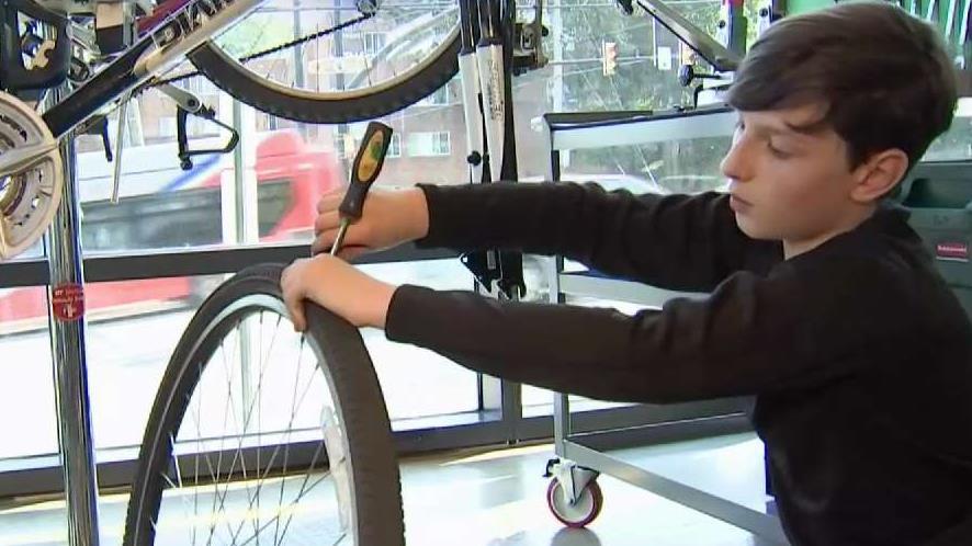 Arlington Program Teaches Kids How to Rebuild Bikes | NBC Washington
