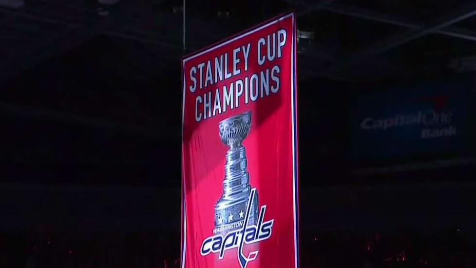 Caps Fans Turn Out to See Championship Banner