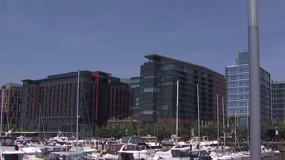 A Wharf, a 'Beach' and Crabs: How to Kick Off Summer in DC | NBC Washington
