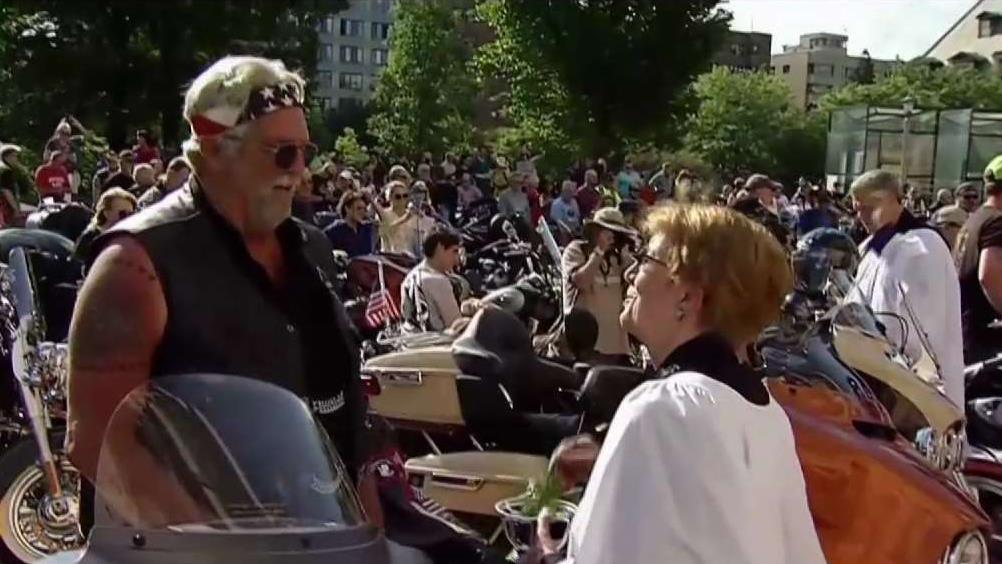 DC Priests Pray Over Rolling Thunder Bikes | NBC Washington
