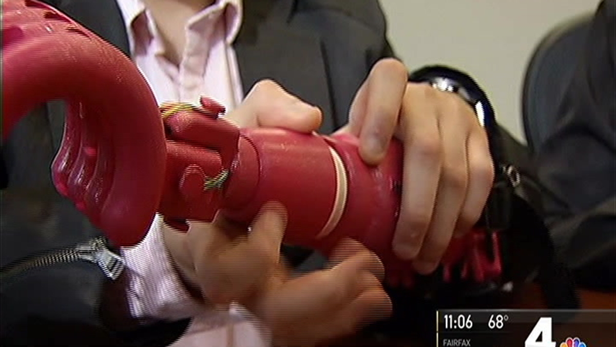 Students Create Prosthetic Arm for Young Violinist